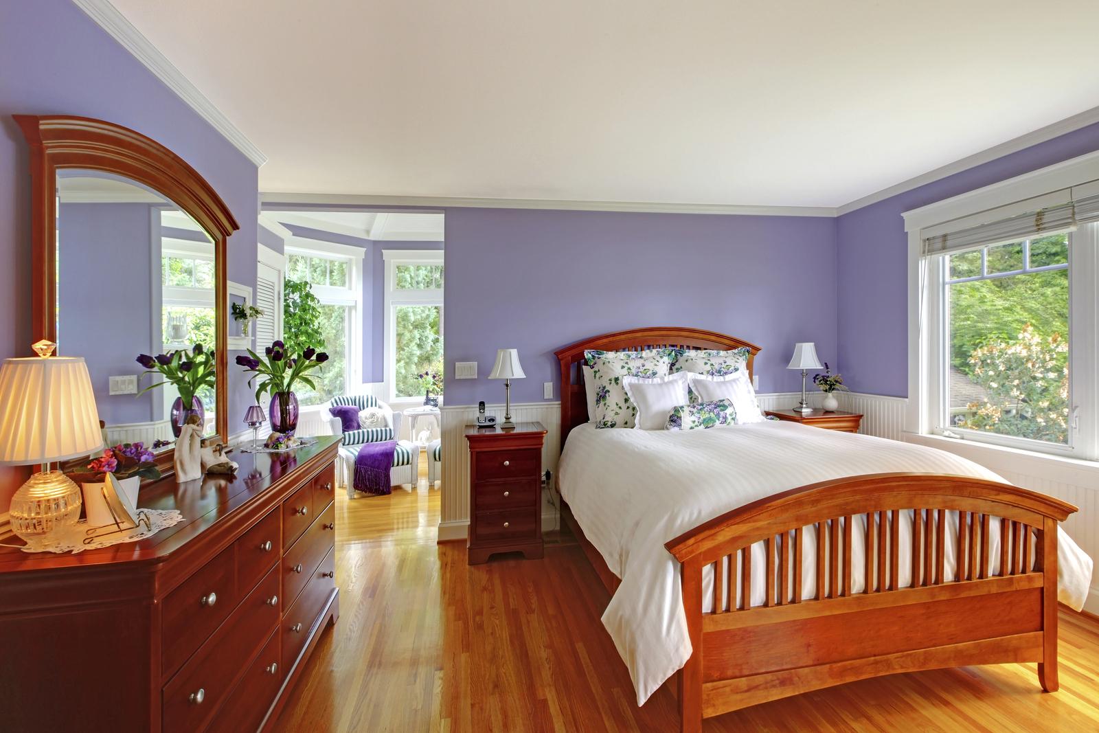ultraviolet paint in Hesperia bedroom